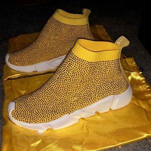 Soreal sneaker